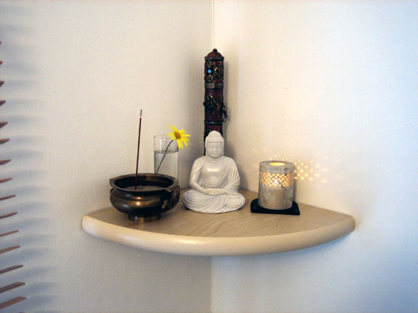 Building your own altar — NewBuddhist