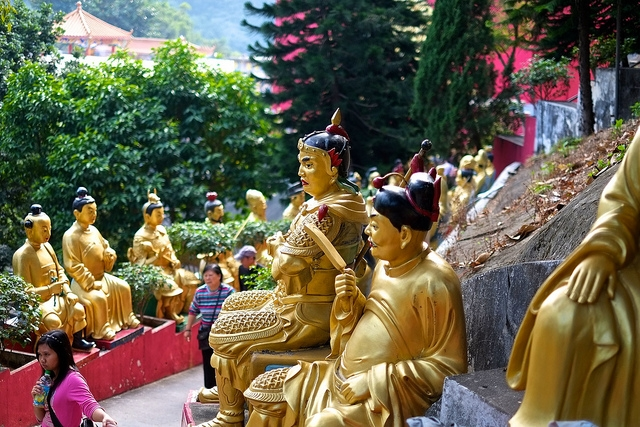 The garden of one thousand buddhas newbuddhist Garden of one thousand buddhas